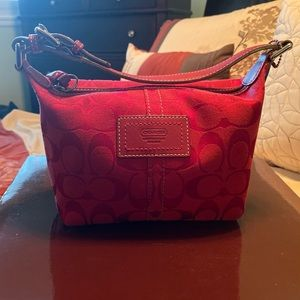 AUTHENITC Coach Small Purse Red Signature Fabric